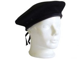 016022-juoda-beret